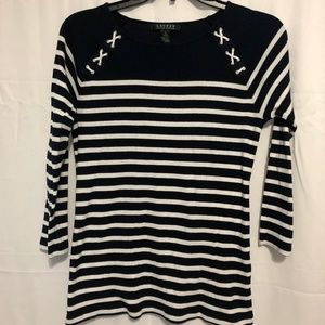 Size small Lauren Ralph Lauren 3/4 Sleeve Top